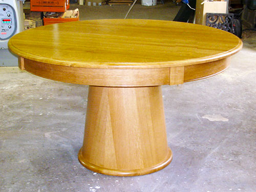table ronde moderne Boscifaire